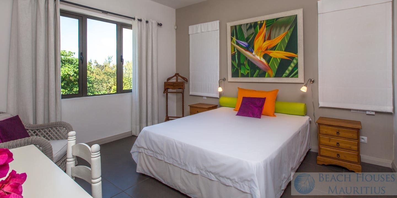 Villa-Les-Palmiers-bedroom-3-Gallery