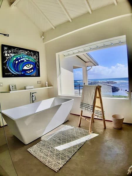 Villa Brisa bathroom en-suite