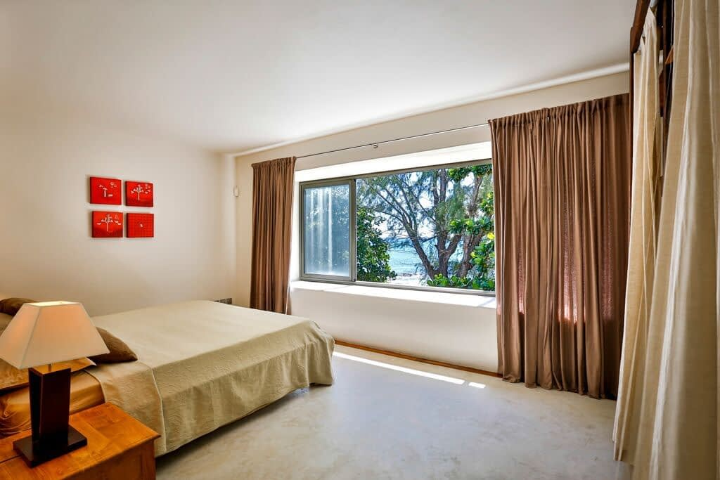 Les-Cannoniers-2-bedroom-2