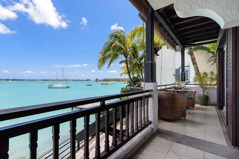 Coombes_014-balcony