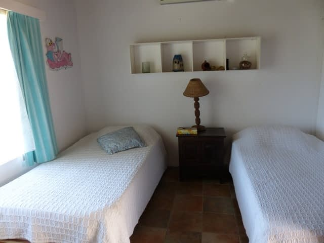 cottage_trou_deau_douce_bedroom_2