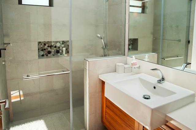 Villa Coralie bathroom 2