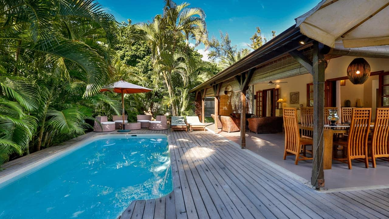 Bungalow_Merville_Pool_1