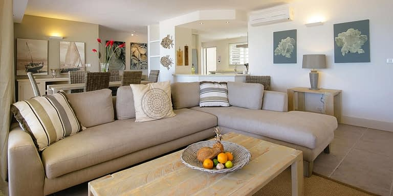 Gallery-Cape-Pointe-living