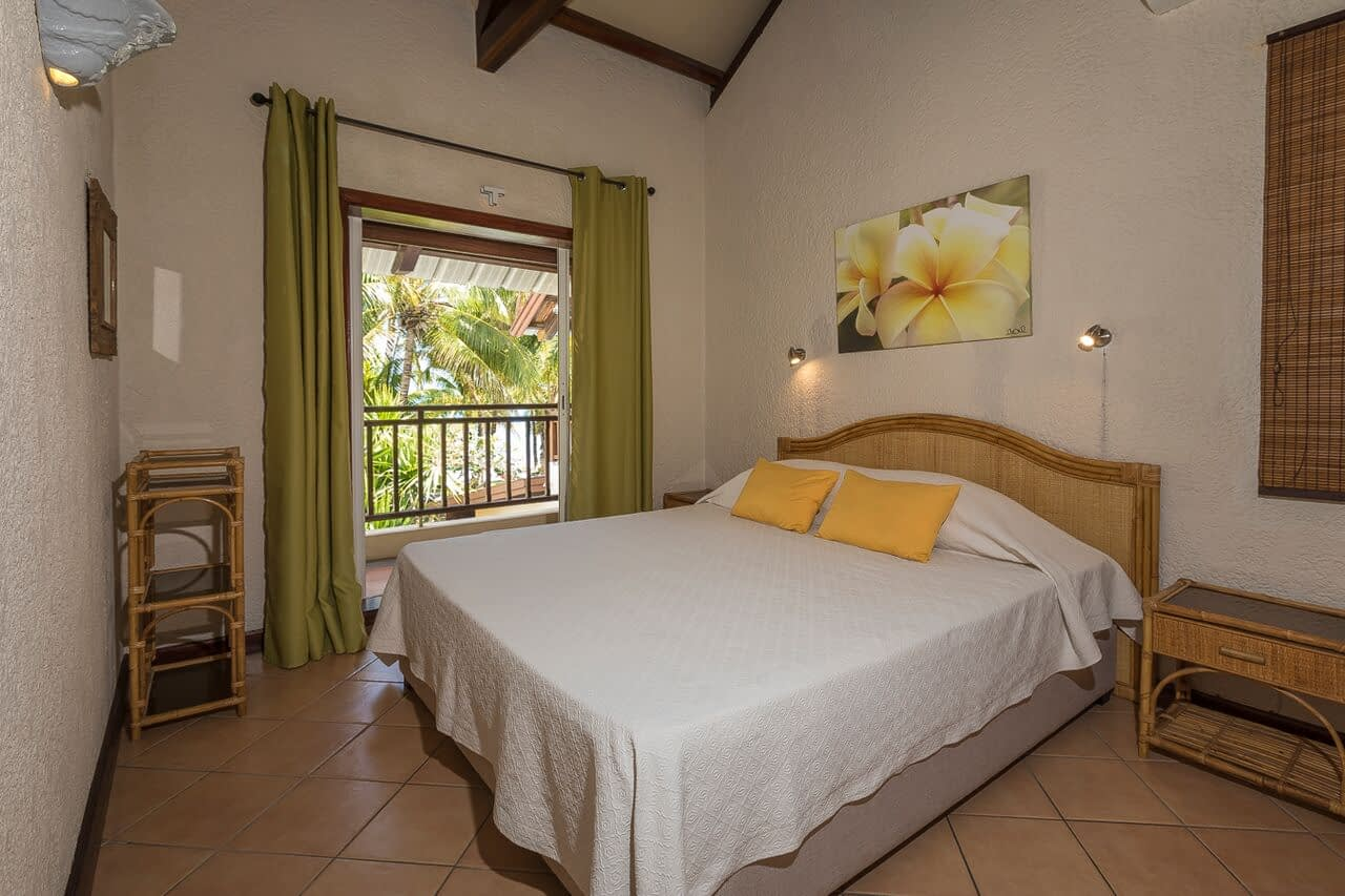Villa-Merville-1-bedroom-3