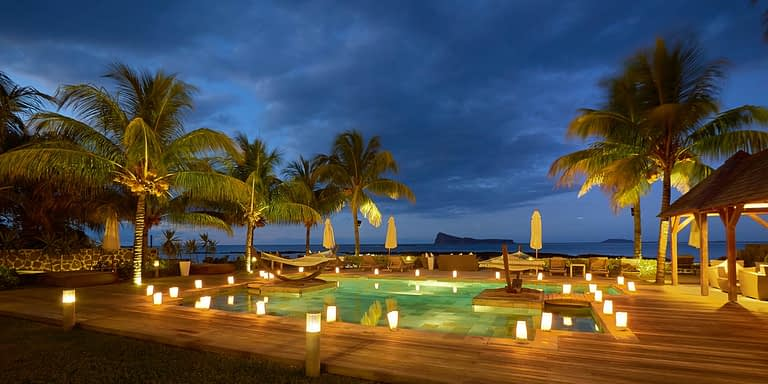 Gallery-Cape-Pointe-Pool-night