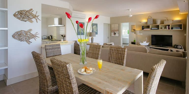 Gallery-Cape-Pointe-dining