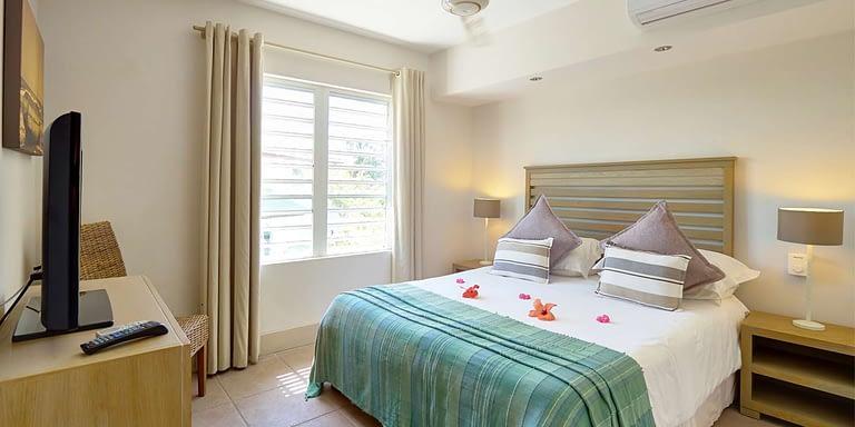 Gallery-SUIT-second-bedroom