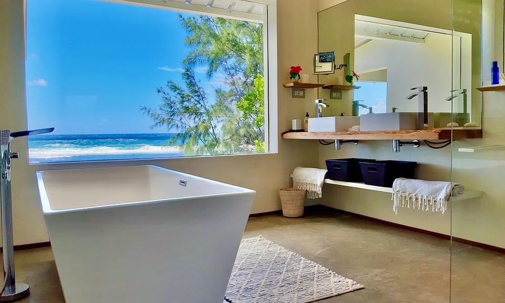 Villa Brisa bathroom with a view