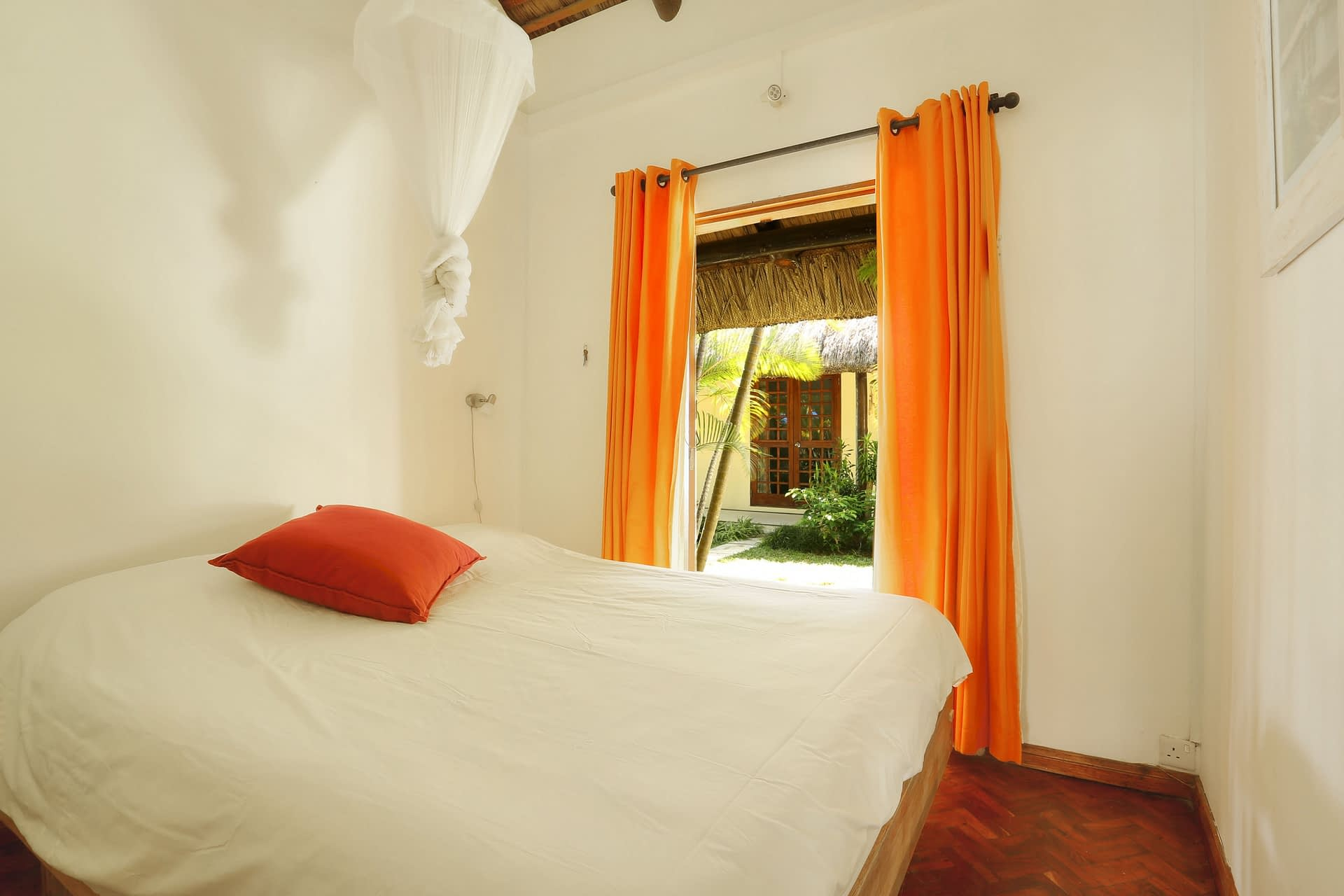 Samya-bedroom-4-b
