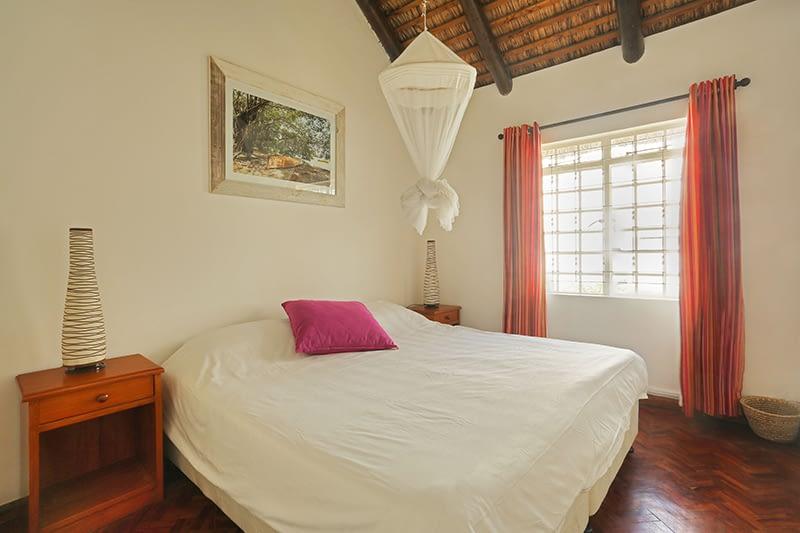 Samya-bedroom-3