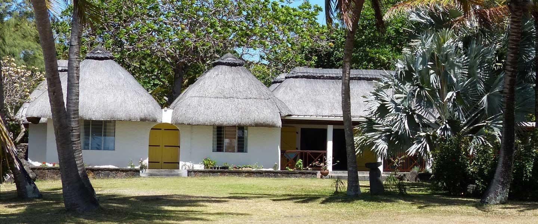 cottage_trou_deau_douce_front_house