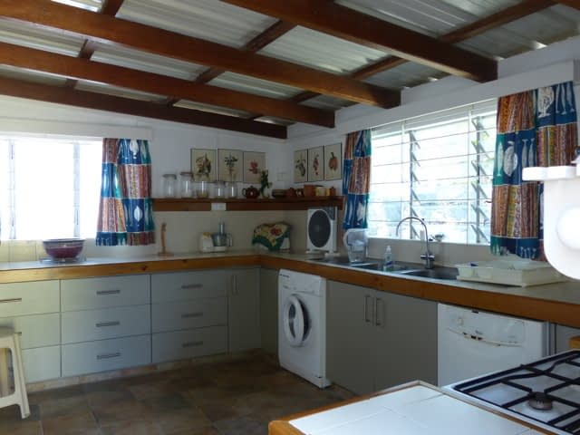 cottage_trou_deau_douce_kitchen