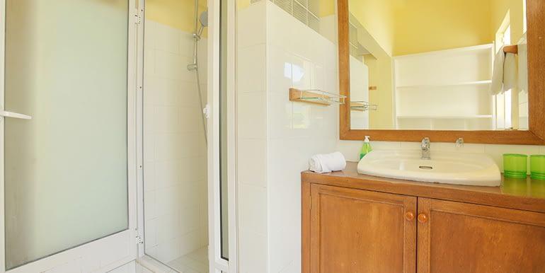 Samya-bathroom-3