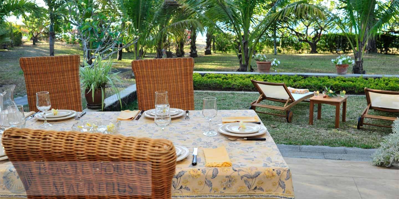 Villa-Stella-Maris-Gallery-veranda-dining