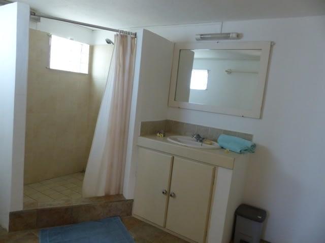 cottage_trou_deau_douce_bathroom_2