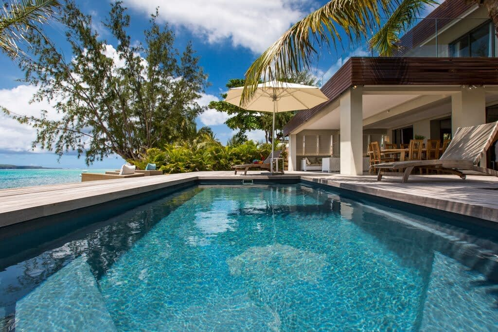 Villa-Azure-pool
