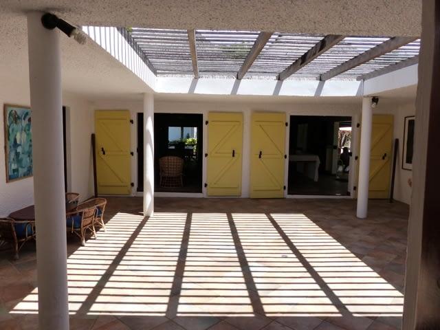 cottage_trou_deau_douce_inside_veranda